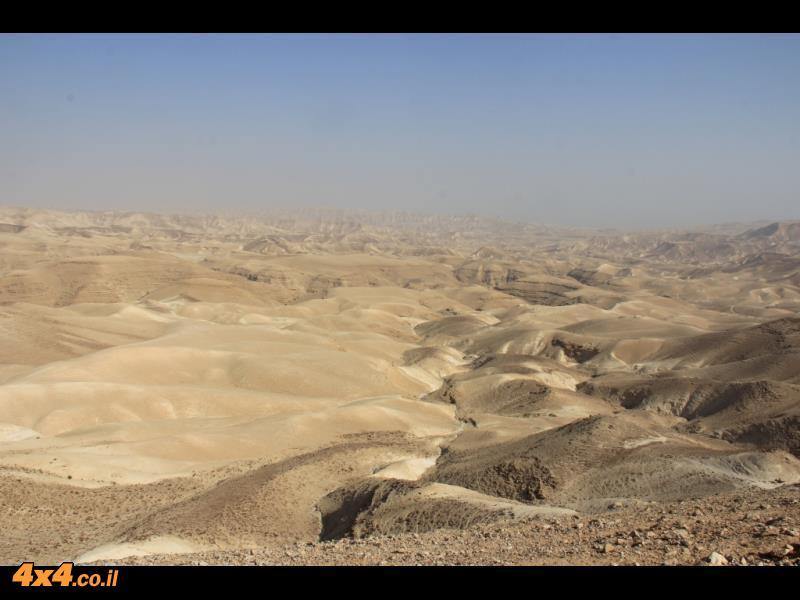נופיו הקסומים של מדבר יהודה - הכל נקי