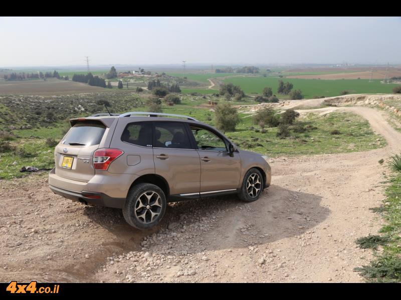 קל אוטו בהדרכה של סובארו בכביש ובשטח