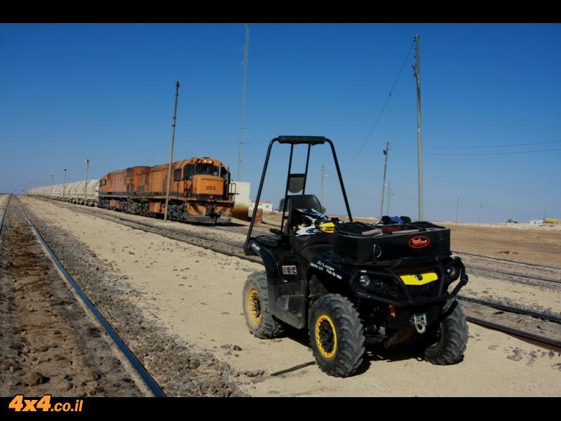 טריפ טרקטורונים במסע קאן-אם למדבר הדרומי של ירדן