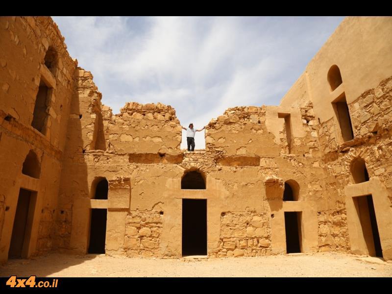 קאסר חאראנה - מצודות המדבר