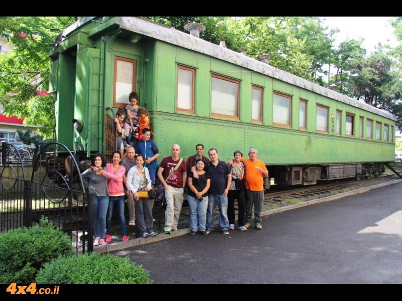קרון הרכבת של סטאלין מחוץ למוזיאון - מספרים כי פחד לטוס  וטען שרכבות אי אפשר להפיל