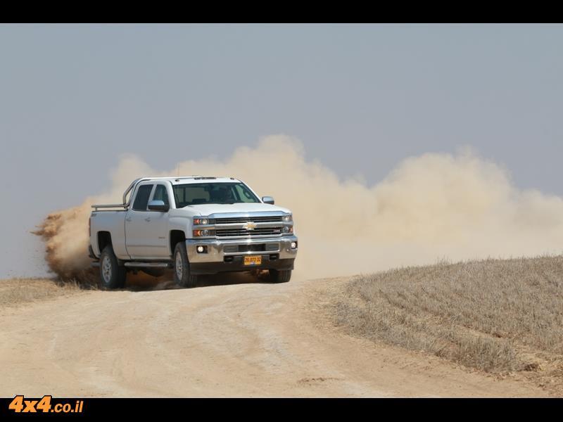 מבחן דרכים: שברולט סילברדו Chevrolet Silverado, נובמבר 2014