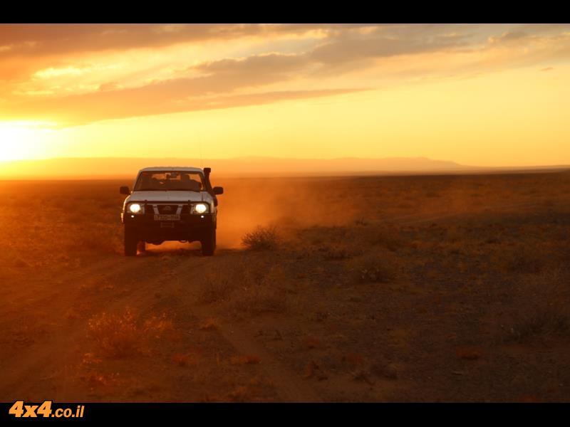 המרחבים האין סופיים של ערבות מדבר גובי - מונגוליה 2014