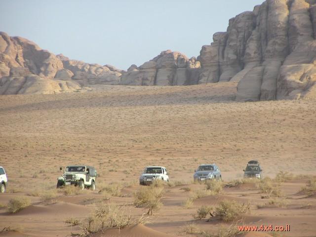 ירדן, 4 ימים: מסע ג'יפים - דיונות בואדי ראם, פטרה, דרך הבשמים, כרך ואיבן חמד - 01/01/2009