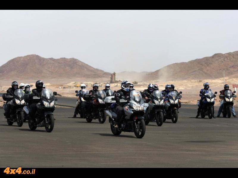 מצרים, 7 ימים: טיול אופנועי טורינג ללב המדבר המערבי