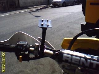תושבת כידון עם זרוע גמישה לאופנוע/אופניים 10 ס''מ