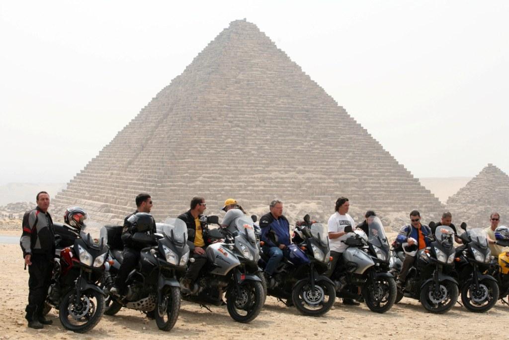מצרים, 9 ימים: טיול אופנועי כביש ללב המדבר ומקהיר עד לוקסור